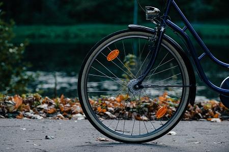 Potrącona rowerzystka i odszkodowanie za wypadek na rowerze
