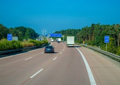 Śmiertelny wypadek na autostradzie A4 – sprawa karna o ustalenie winnego