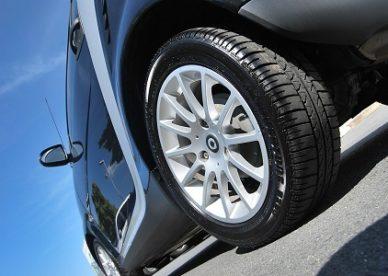 Likwidacja szkody z OC sprawcy wypadku drogowego. Jak postępować, żeby uzyskać wysokie odszkodowanie?