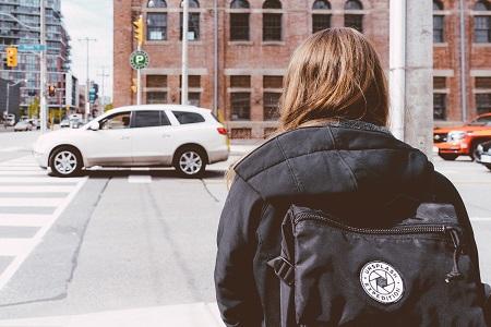 Odszkodowanie za potrącenie pieszego na pasach - prawa pieszego, obowiązki kierowcy